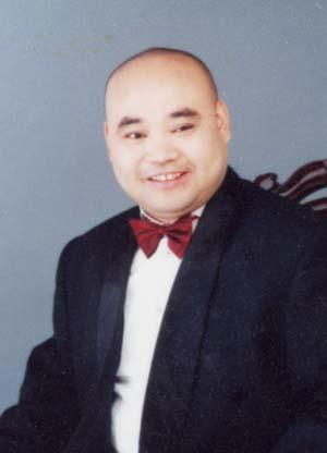 胡林焕,著名秦腔花脸演员,陕西省戏剧家协会会员.师从秦腔著名艺